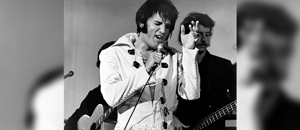 That's The Way It Is Elvis Singing